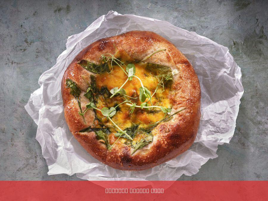 פוקצה כוסמין בתוספת גבינות תרד וגבינת צ'דר