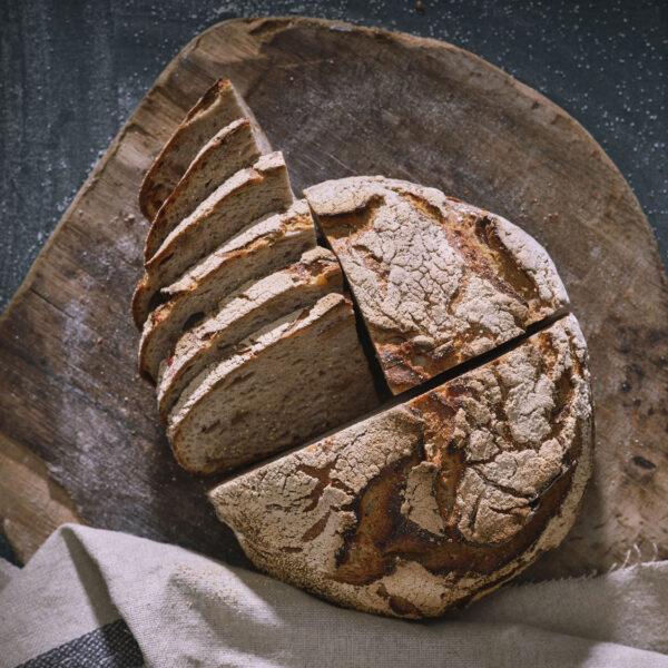 לחם שיפון אגוזים