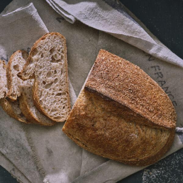 לחם מלא בציפוי סובין